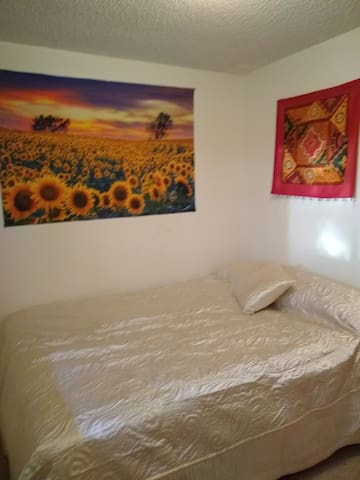 The Sunflower Room at the Cozy Sunflower House