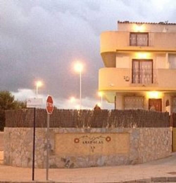 Family Villa with Private Pool in La Zenia