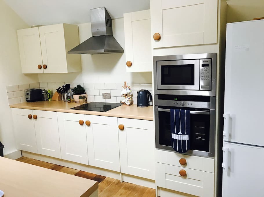 Kitchen - Modern integrated kitchen