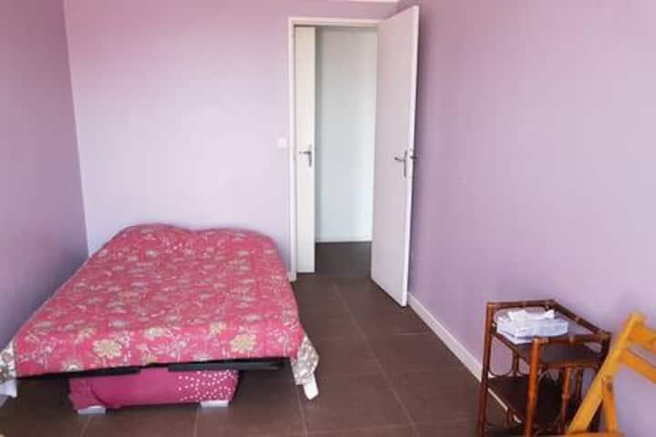 Chambre dans charmant appartement