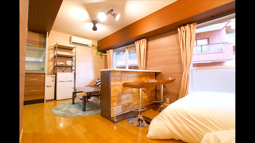 SHINJUKU★1min to Airport Bus Stop♪Wifi(st6)