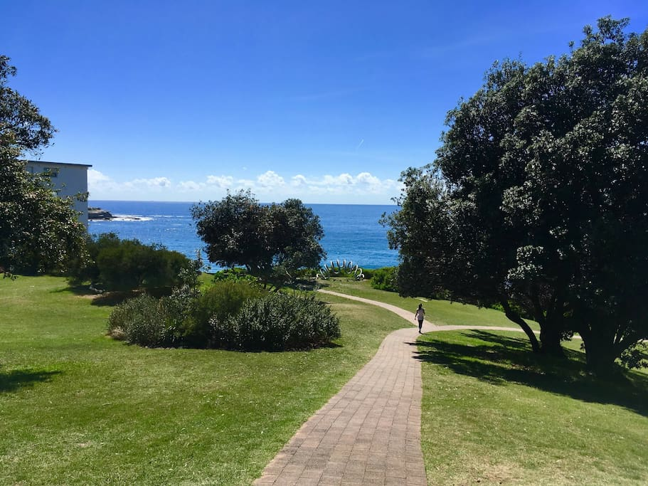 Stroll through that park & take a left for Bondi or a right for the coastal walk to Tamarama & Bronte beaches.