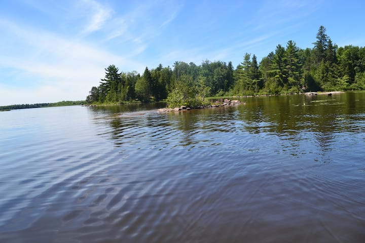 Transcendental Cottage Riverboat