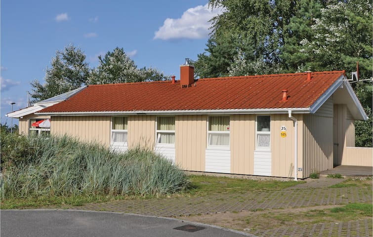 Holiday cottage with 5 bedrooms on 195m² in Travemünde-Priwall