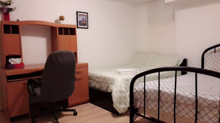 Super Comfortable Room with 2 Beds