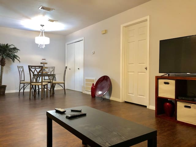 Beautiful Updated Apartment With 2 Master Bedrooms Apartments For Rent In Corpus Christi