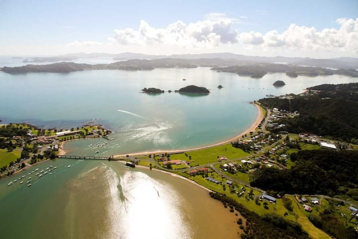 Waitangi Beach Unit A