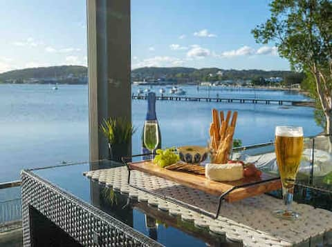 Waterfront Apartment - CURRENTLY UNAVAILABLE