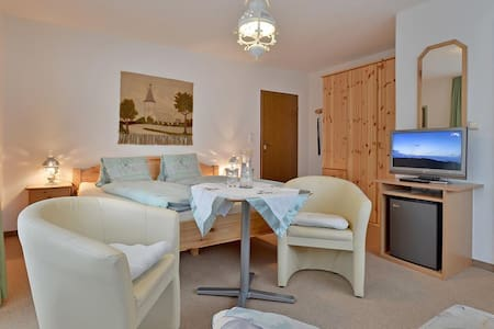 Dreibettzimmer Daum Ursula - Schwendau - Szoba reggelivel