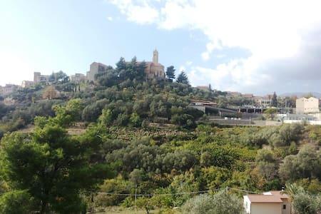 Villa fantastica con piscina - Castellaro - Villa
