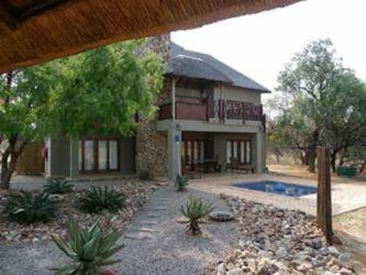 85 Zebula  (12 guests) - Bela Bela - South Africa