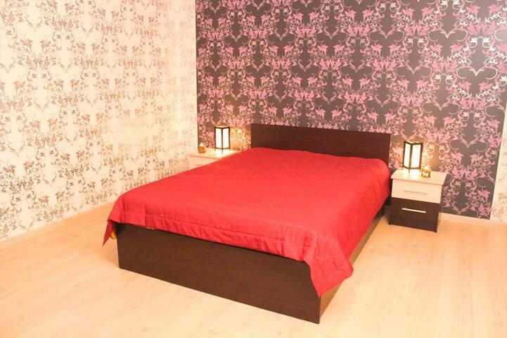 :::Квартира люкс около Арены Металлург::: - Magnitogorsk - Apartamento