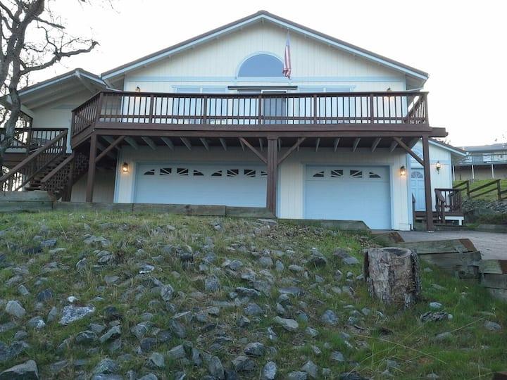Bayview Inn @ Lake Tulloch