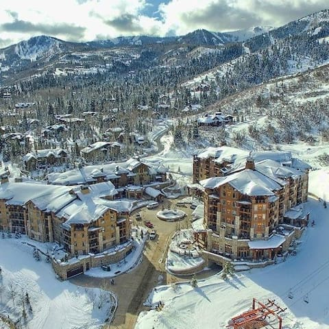 HYATT CENTRIC-SKI IN/OUT-Epic Conditions/Powder - Park City - Condomínio
