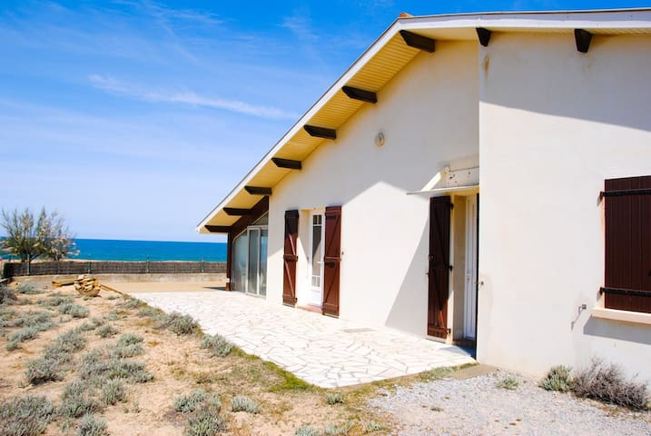 On the Dune, House with Ocean view