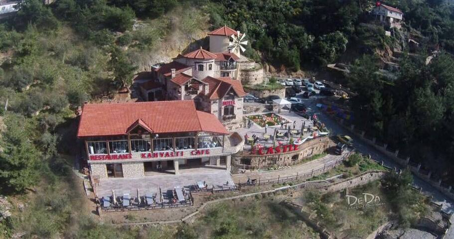 Mountain house with amazing view/restaurant-hotel - Ağaçlı Köyü - Chalet