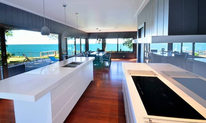 Dolphins at Sunset | Stunning waterfront, 3 bed, 2.5 bath, Fish from your own jetty!