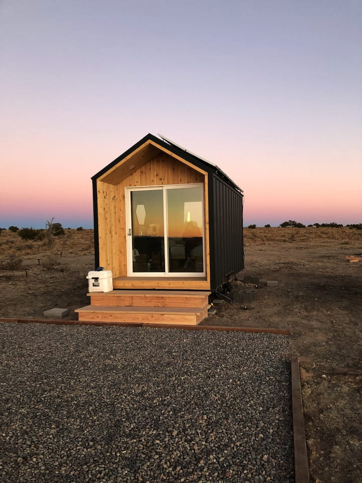 Grand Canyon Tiny House with Telescope