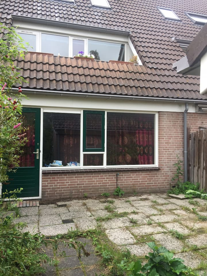 Castricum -25min to amsterdam central station