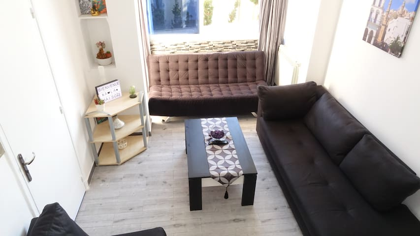 Very nice apartment in Algiers Hydra business trip