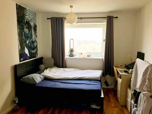 Spacial double room at a perfect location