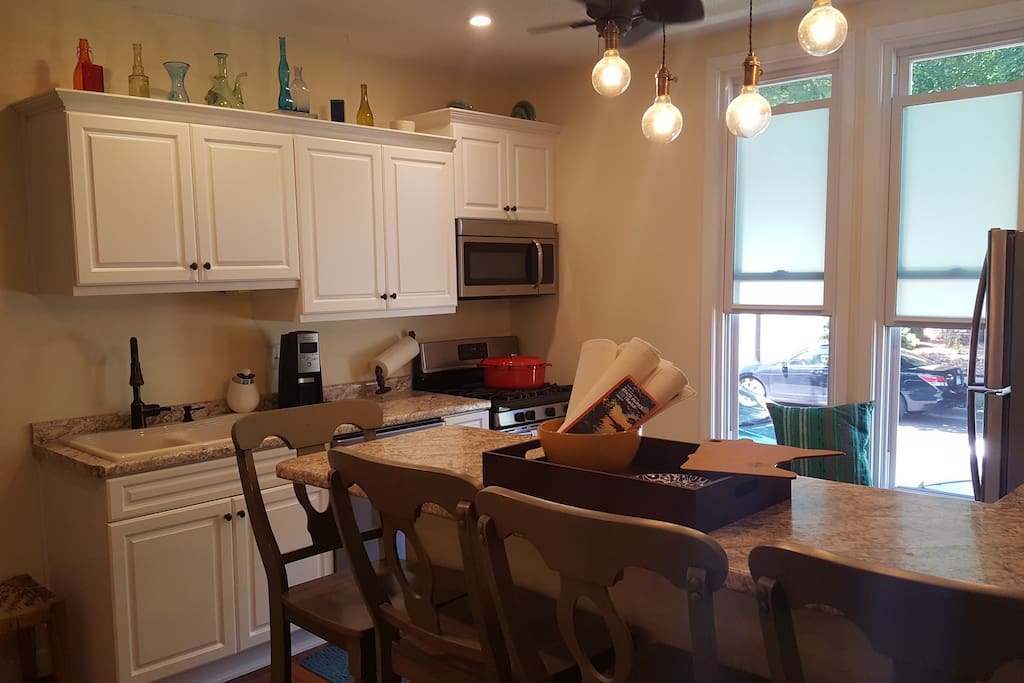 Recently renovated kitchen complete with coffee maker, pots/pans, plates, cups, etc. Some condiments available.