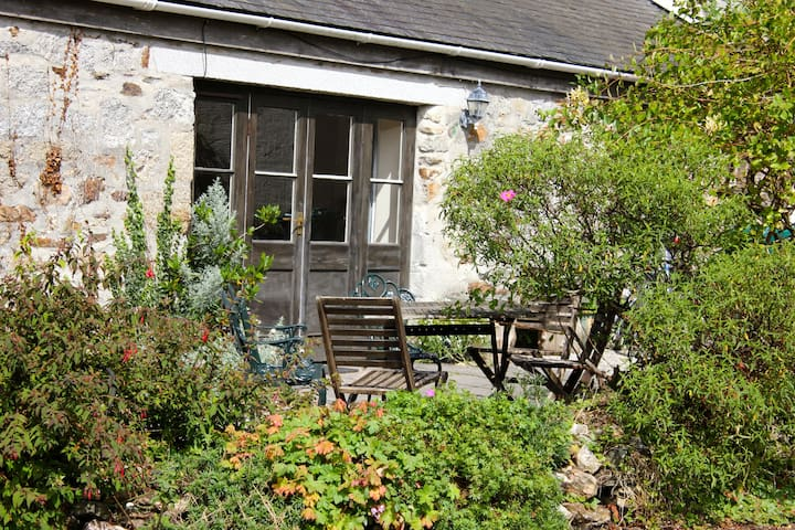 Pretty farm cottage near Helford River - Constantine - Hus