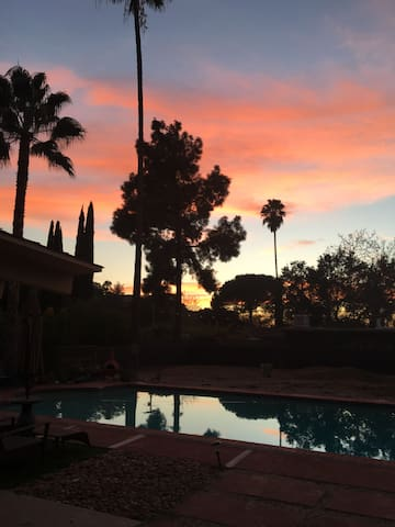 Relaxing oasis for Arroyo Seco in Shadow Hills