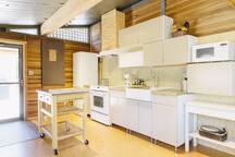 Treehouse Cottage Kitchen