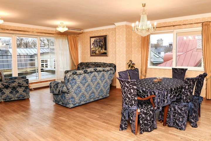 Spacious apartment in the heart of Tallinn
