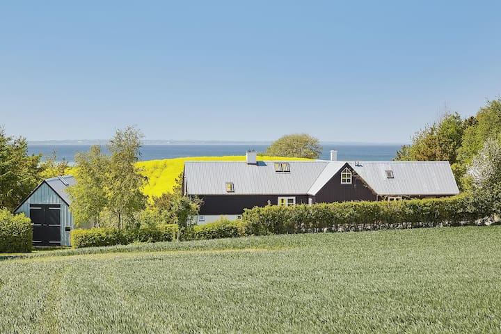 Modern Nordic Getaway - Humble - Cabin