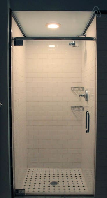 Dramatic and sexy shower!
