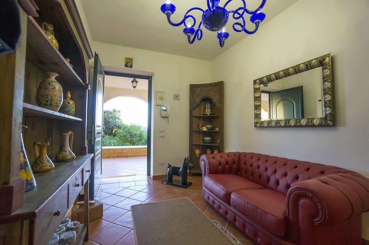Villa Grazia ***Luxury Hill Top Tranquility - Santa Caterina Villarmosa - Huis