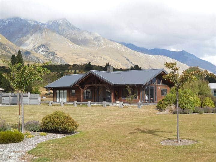 Glenorchy House