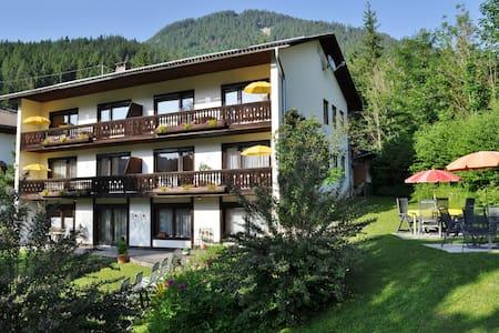 Pension Weissbriach - Comfort kamer / Balkon - Weißbriach - Bed & Breakfast