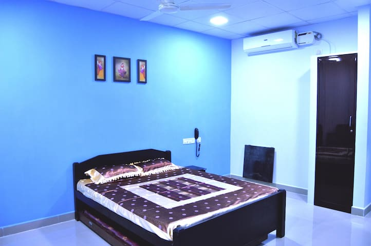 The Nest Inn Room 4