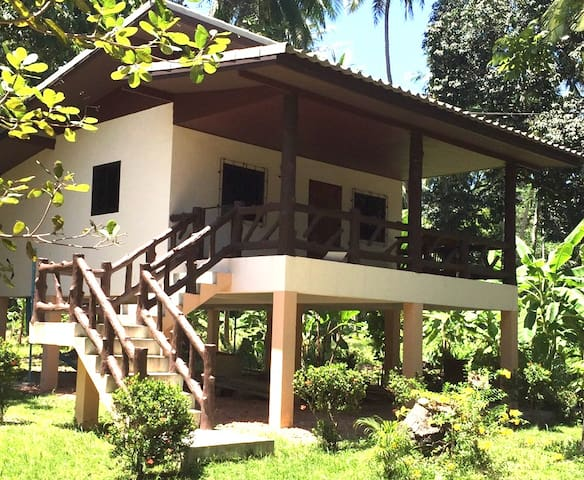 The Suta Garden Song House - Ko Pha Ngan
