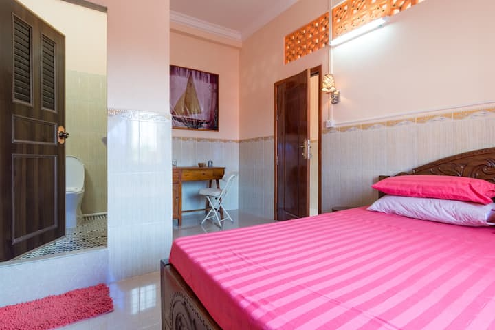 Stay In Kampot 4 (Another Upstairs Room)