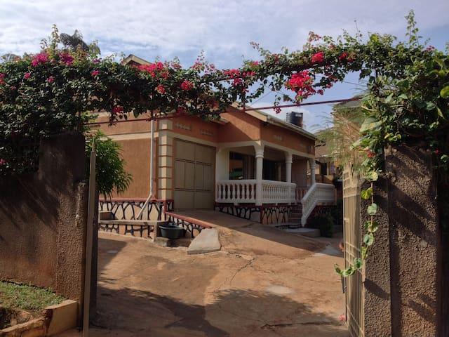Kampala Cozy Casa Nankya