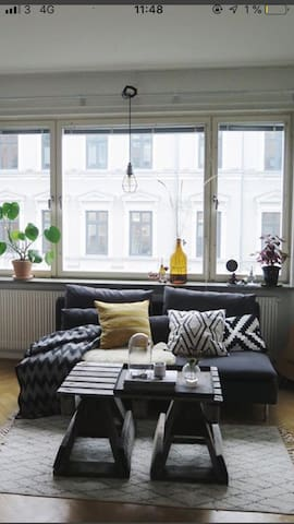 Room for rent at Avenyn in central Gothenburg