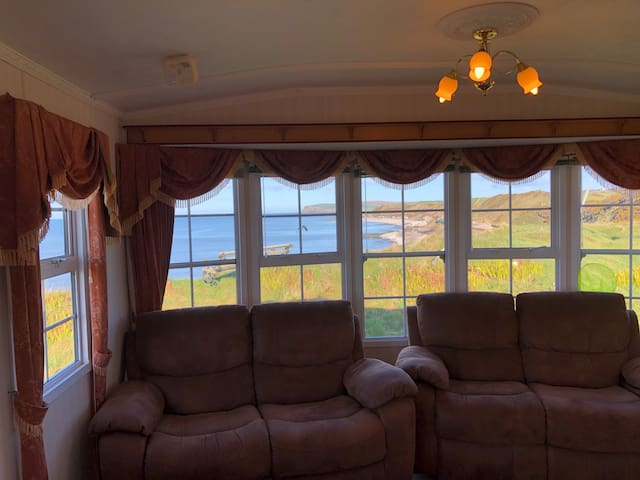 Cliff top Lodge at Beach. Upgraded not basic now!!