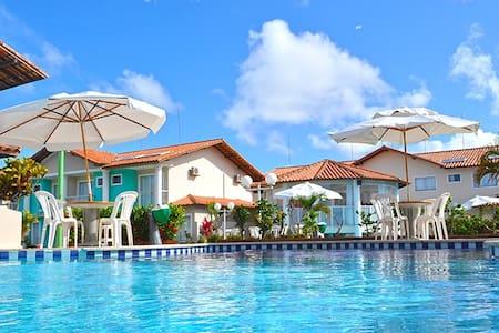 Casa tipo apart-hotel com 2 suites - Porto Seguro
