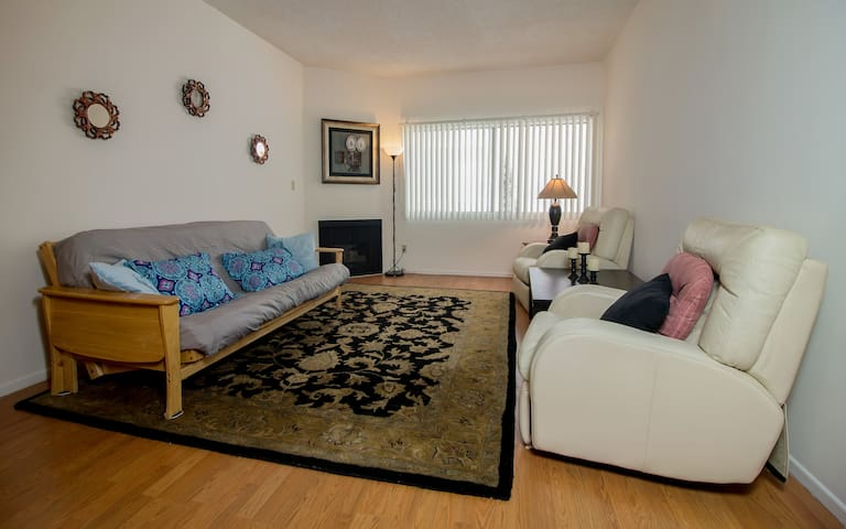 Wonderful Apartment in Great Area of Los Angeles!