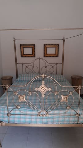 Private Colonial  bedroom Old City.5  minutes sea - Cartagena - Apartamento