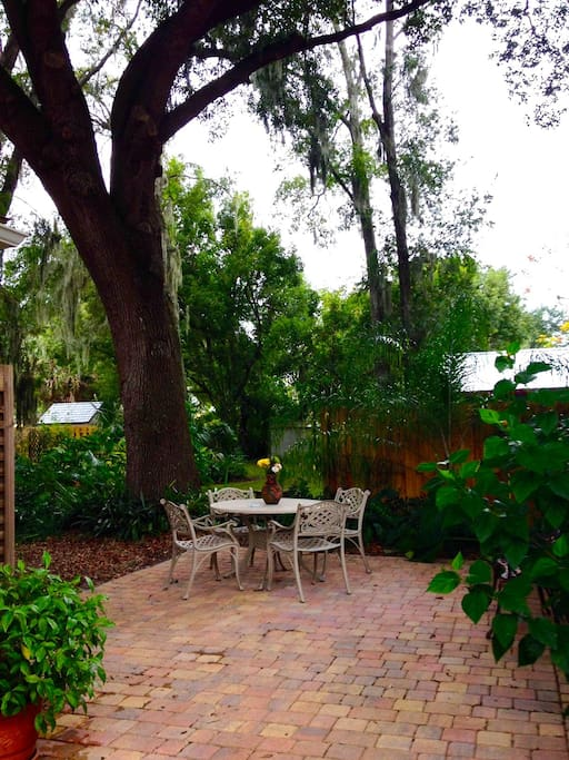 Oak canopied patio