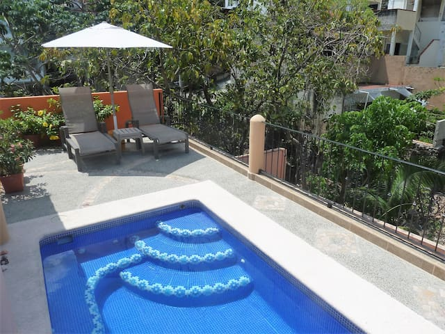 Casa Acumal - Entire 2nd Floor Reduced Rate-SAVE$$