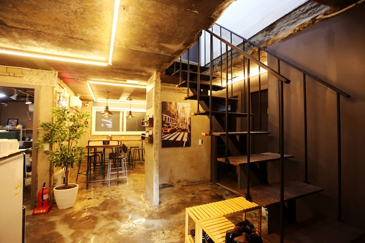 [Little Star]Private Double, 10min from Hongdae