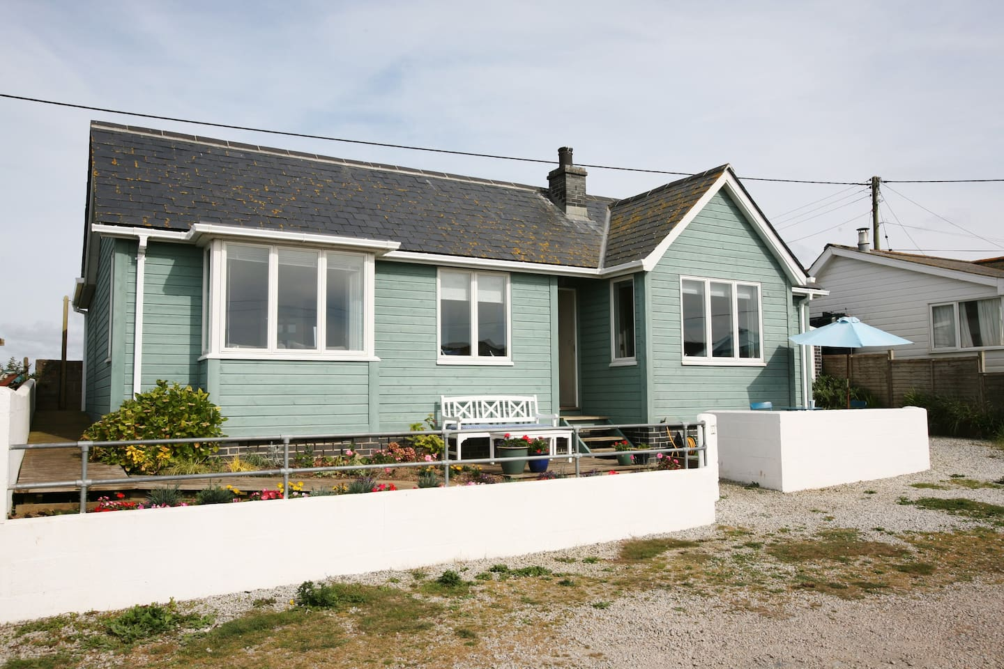 MAIN CHALET AVAILABLE sleeps 4 (annex to right available on request)