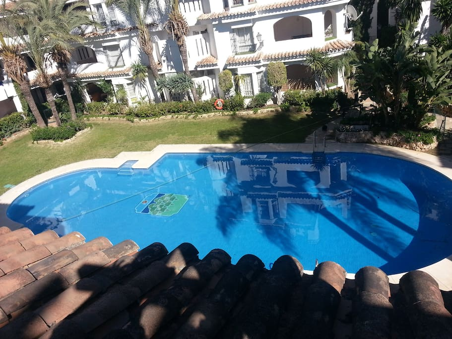Rent this 2 Bedroom Apartment in Los Naranjos de Marbella