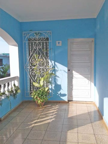 Apartament Familiar con Terraza/Balcon-Garaje-Wifi